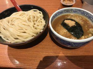 三田製麺の背脂つけ麺の冷や盛